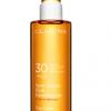 Innovation Insight: Clarins Sun Care Radiant Oil Spray